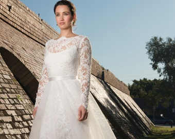 Long Sleeve Lace Wedding Dress Vanessa