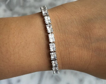 REGAL Crystal Tennis Bracelet