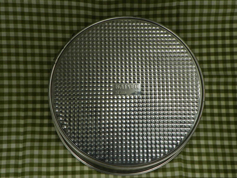 Kaiser Springform Cake Pan, 9 inch, Vintage cheesecake pan, great ...