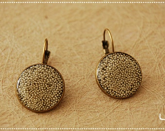 Earrings with silver beads