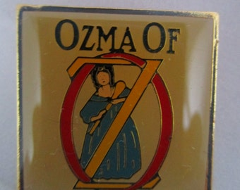 Vintage lapel pin Cover of Ozma of Oz