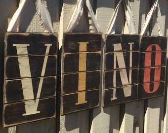 Rustic wine sign, Pallet wine sign, Vino sign, Wine cellar decor, Vino pallet sign, Wine pallet sign, Wine sign, Rustic wine decor