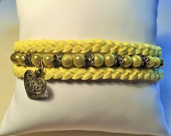 """Bracelet """"Yellow heart"""""""