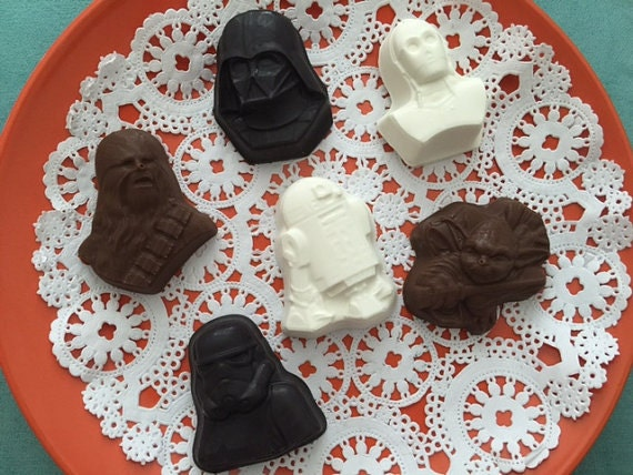 STAR WARS BB8 Chewy Storm Trooper R2D2 C3PO Chocolate Candy Lollipop Soap Mold