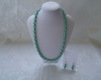 Czech Beads-Teal Necklace-Pastel Green Pearls-Bead Necklace-Pearl Neckace-Necklace Set-Birthday/Anniversary Gift-EarWire Included- Free Gift