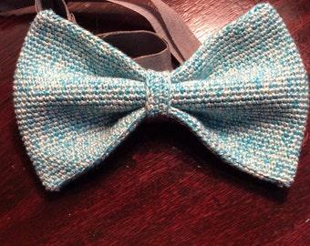 crochet fly silk wool mix, medium-blue white