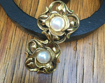 Vintage Goldtone Faux pearl stud earrings, June Birthstone, estate earrings