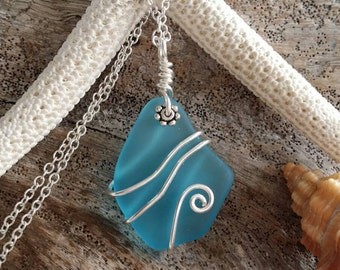 Handmade in Hawaii wire wrapped sea glass necklace,20 inch 925 sterling silver chain, gift box.Hawaiian beach glass jewelry.
