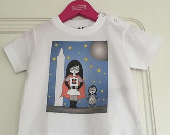 T-shirt baby superheroine and robot