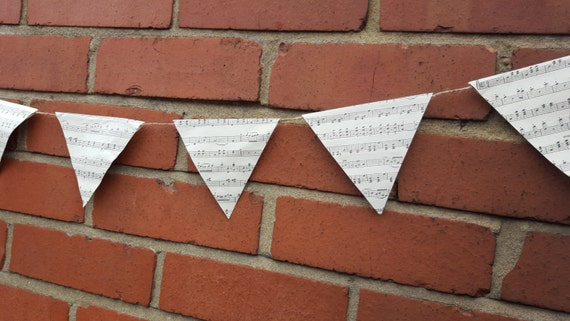 Vintage Style Bunting. Paper Bunting. Aprox 1.7 metres