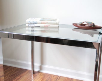 Nice chrome and glass side table end table LOCAL PICKUP ONLY