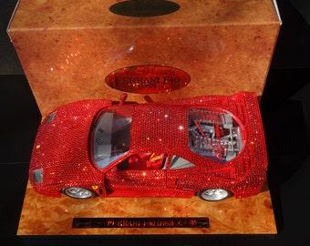 Ferrari F40 1:18 with Swarovski element only 40 pics. World OVP 18/40