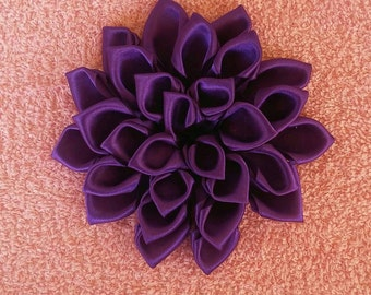 Beautiful Violet hair barrette