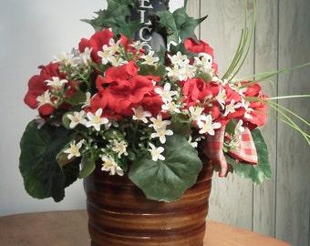 Red Geranium Flower Arrangement. Handmade Flower Arrangement,Flower Arrangement,Decorative Arrangement,CountryMeadowWreaths