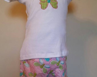 Toddler Girl's outfit, short set in size 3T.