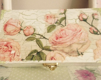 Pretty Decoupaged Box