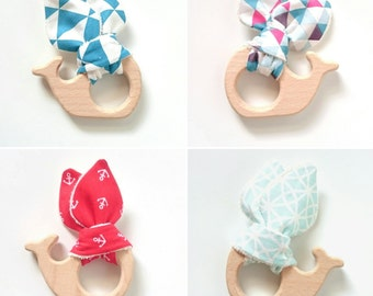 Wooden teething rattle ring natural whale shape