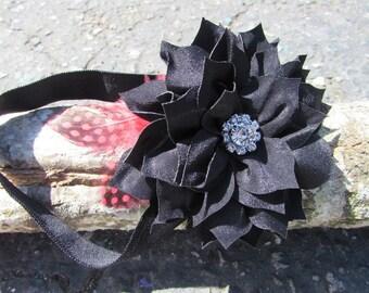 Baby girl  Headband- Feather Baby Headband- Black infant Headband- Toddler Headband~ Vintage Headband