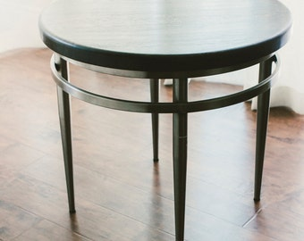 The Round Oak Table