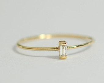 Thin Diamond gold ring