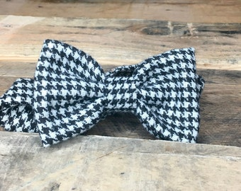 Wool Bowtie in Black and White Houndstooth