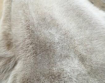 Wonderful white fox fur (dyed)