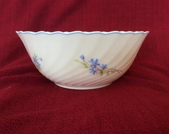 Arcopal Swirl Flower Pattern Salad or Fruit Bowl 240mm Diameter