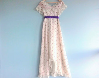 Vintage Ivory Evening Gown Size 7/8 by JCPenney
