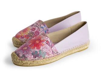 CAMPING VIOLET - Espadrille, womens shoes, leather, violet color, floral motifs stamped, flat shoes, jute, Spring Summer, NOGUERON