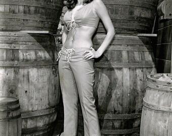 """Raquel Welch in the Film """"Fathom"""" - 5X7, 8X10 or 11X14 Publicity Photo (AZ189)"""