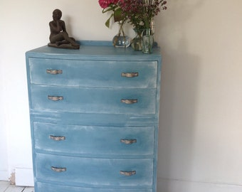 Vintage chest of drawers in blue and white