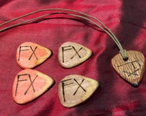 4 dyed hard maple wood guitar picks and lacewood guitar pick necklace