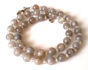 Labradorite - / freshwater pearl necklace bluegray