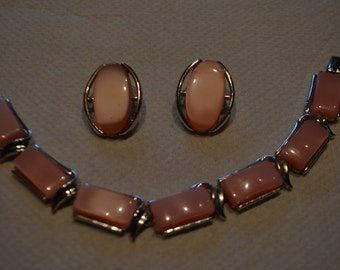 Set bracelet and earrings silver and pale pink