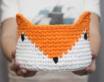 Basket fox knitted
