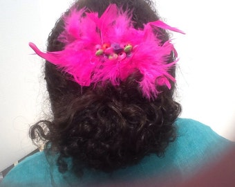 Childrens colorful feathered french clip
