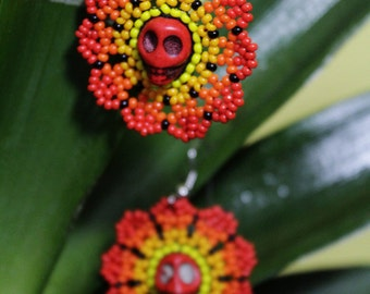 Earrings flower huichol with skull skull-earring-earrings handcrafted earrings Mexican-day of dead-jewelry huichol-Esqueleto - red earrings