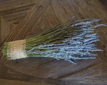 Organic dried French lavender bundle / bunch / bouquet.  Long stems, highly fragrant! 2016 crop, ready to enjoy!