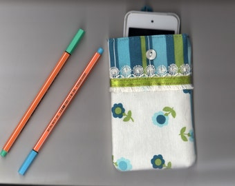 """Smartphone pouch """"Flowers with tassels"""" 15 x 9 cm soft inside - smartphone case, smartphone cover or smartphone sleeve"""