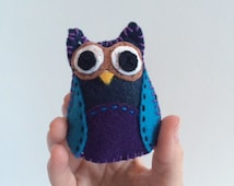 Baby Felt Owl - Waldorf Toys - Natural Toys - Baby Shower Gift - Pretend Play Toy - Christmas Gift - Children's Gift - Small Owl - Hand Sewn
