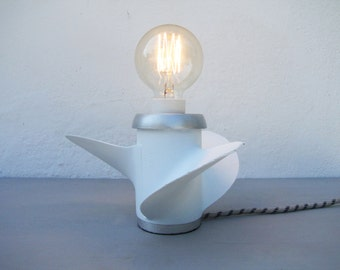 Lamp propeller