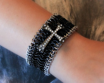 Euro 6 in 1 Chainmail Bracelet