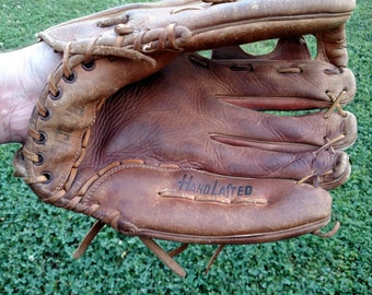 Hand Lasted M100 Baseball glove