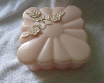 Vintage Menda  Pink Square Plastic Powder Box w/ Powder Puff  And Pink Flowers on Top GC Hinged LId