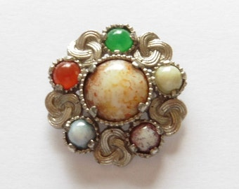 Vintage Brooch. Very nice