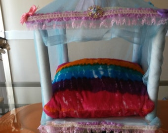Cotton Candy  Pet Bed