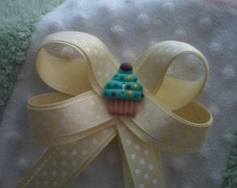 Cupcake and polka dots