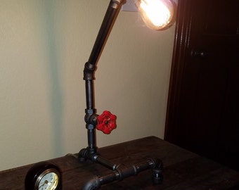 Single Bulb Iron Pipe Desk Lamp with Faucet Switch