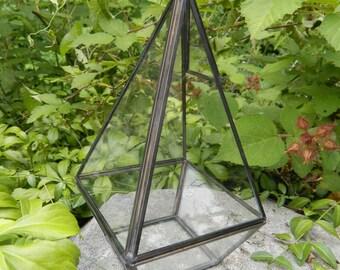 Hanging Geometric Terrarium Vessel