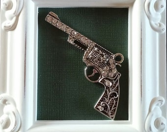 Revolver Needle Minder